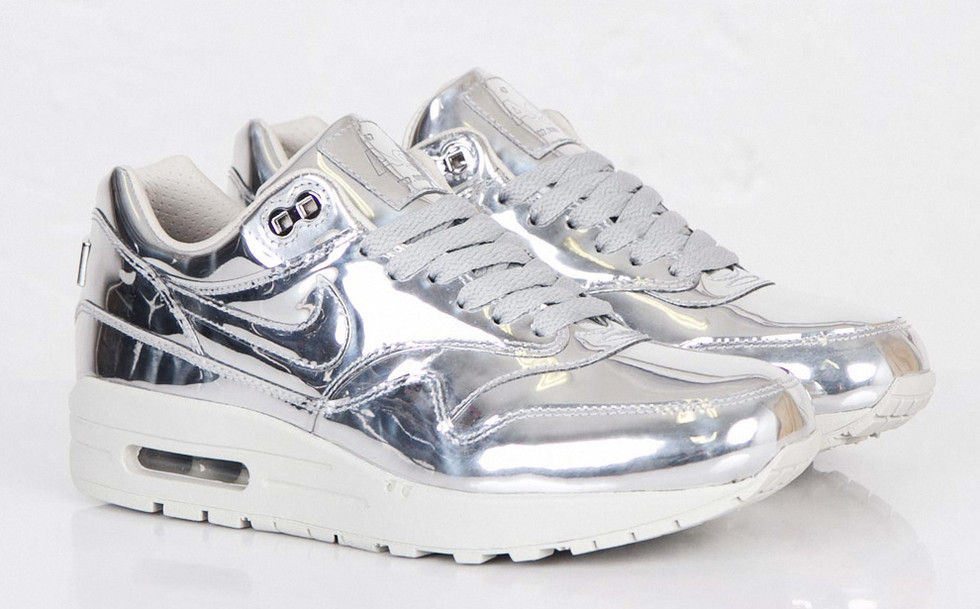 e10541fa NIKE LUNAR FORCE 1 MID SP – SILVER LIQUID METAL sneakerb0b .. womens nike  liquid silver ...
